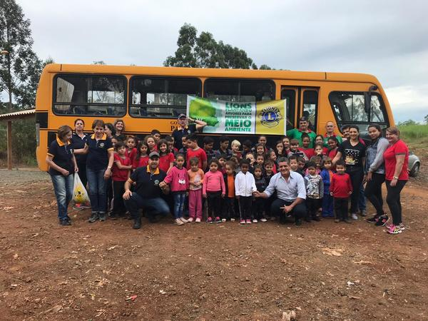 Projeto ambiental plantou 120 árvores no Aterro Municipal