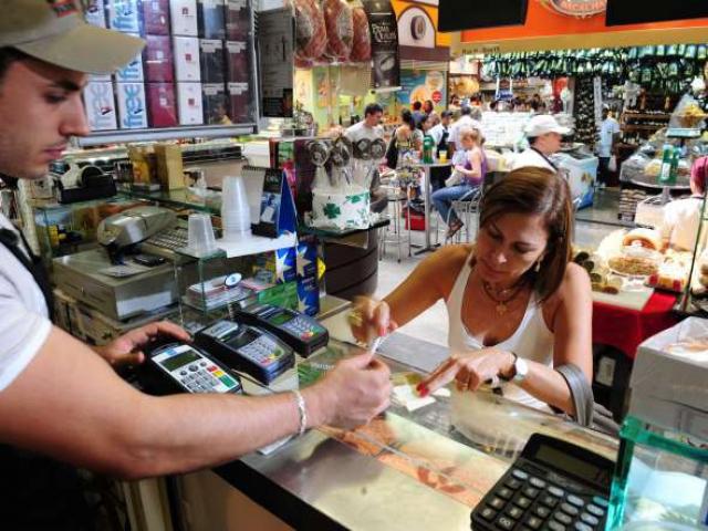 Vendas no varejo fecham 2011 com crescimento de 6,7%