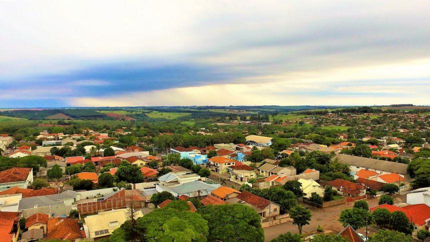 Dia Nublado em Alto Paraná