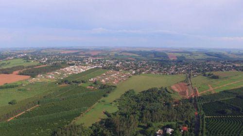 Alto Paraná visto de oeste a leste