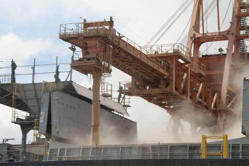 Porto começa a operar sistema eletrônico de pesagem de cargas