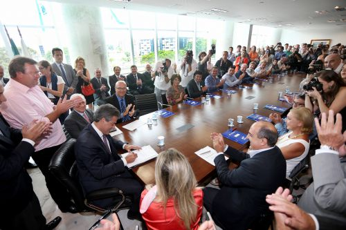 Sanepar licita obras em 48 municípios com investimentos de R$ 52,7 milhões