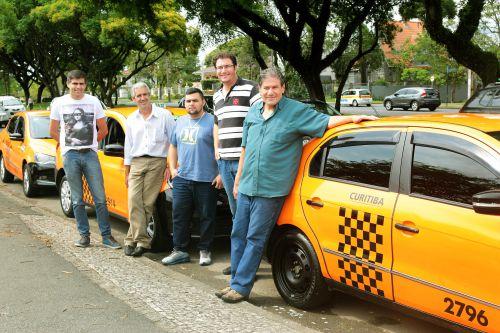 Fomento Paraná financia R$ 10 milhões para a compra de táxis em 2016