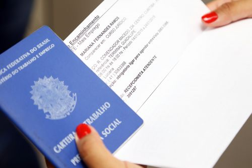 Paraná lidera geração de empregos de janeiro a maio, mostra Caged