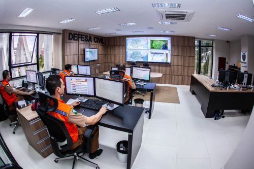 Aplicativo da Defesa Civil permite aviso de desastres