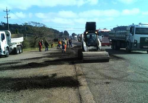 Usuário da PR-280 deve tomar cuidado com obras na rodovia