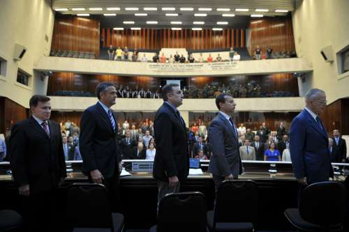Sessão solene na Assembleia marca os 160 anos da Polícia Civil paranaense