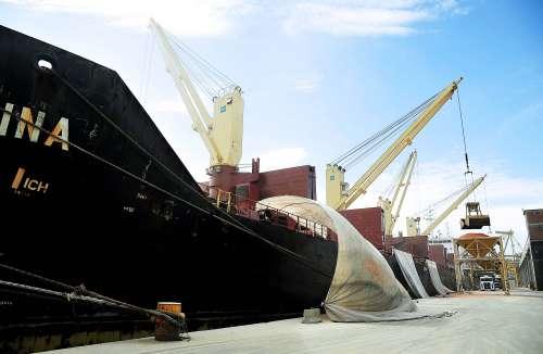 Movimentação nos portos cresce e fecha setembro com 35 milhões de toneladas