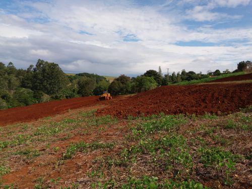 MICROBACIAS | Programa leva melhorias à pequenos produtores rurais em Lunardelli