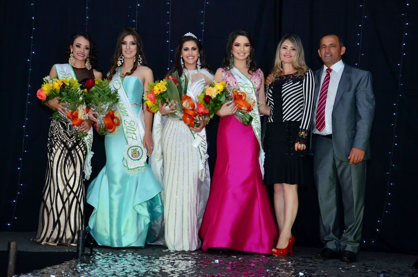 Carolina Rufino é eleita Miss Tupãssi 2017