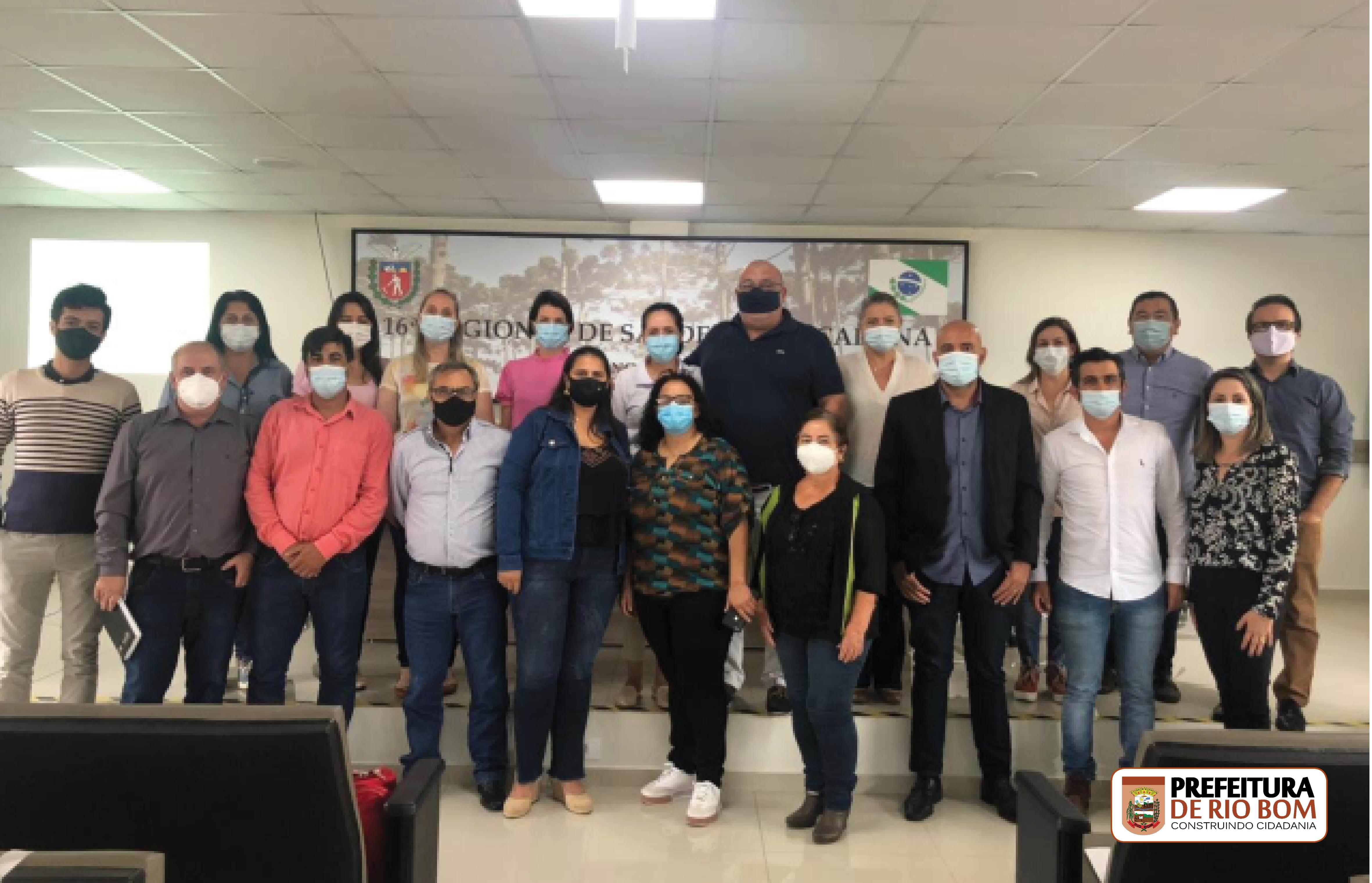 Secretário Municipal de Saúde, José Andrade, com secretários de toda a 16ª Regional de Saúde