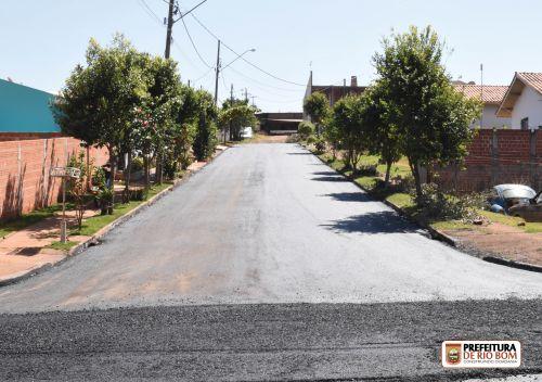 Pavimentação Asfáltica no bairro Pôr-do-Sol