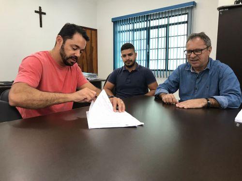 Prefeitura faz concessão de uso de imóvel para fábrica de elásticos
