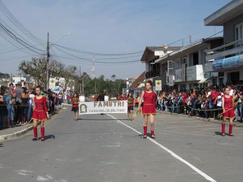 Prefeitura de São João do Triunfo realiza maior Desfile Cívico do Dia da Independência da história do Município