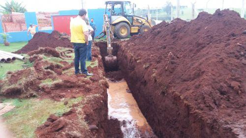 Prefeitura e SAAE sanam problema de esgoto na Super Creche