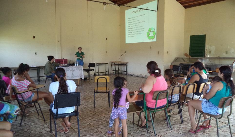 Secretaria do Meio Ambiente realiza palestras aos beneficiários do Programa Bolsa Família