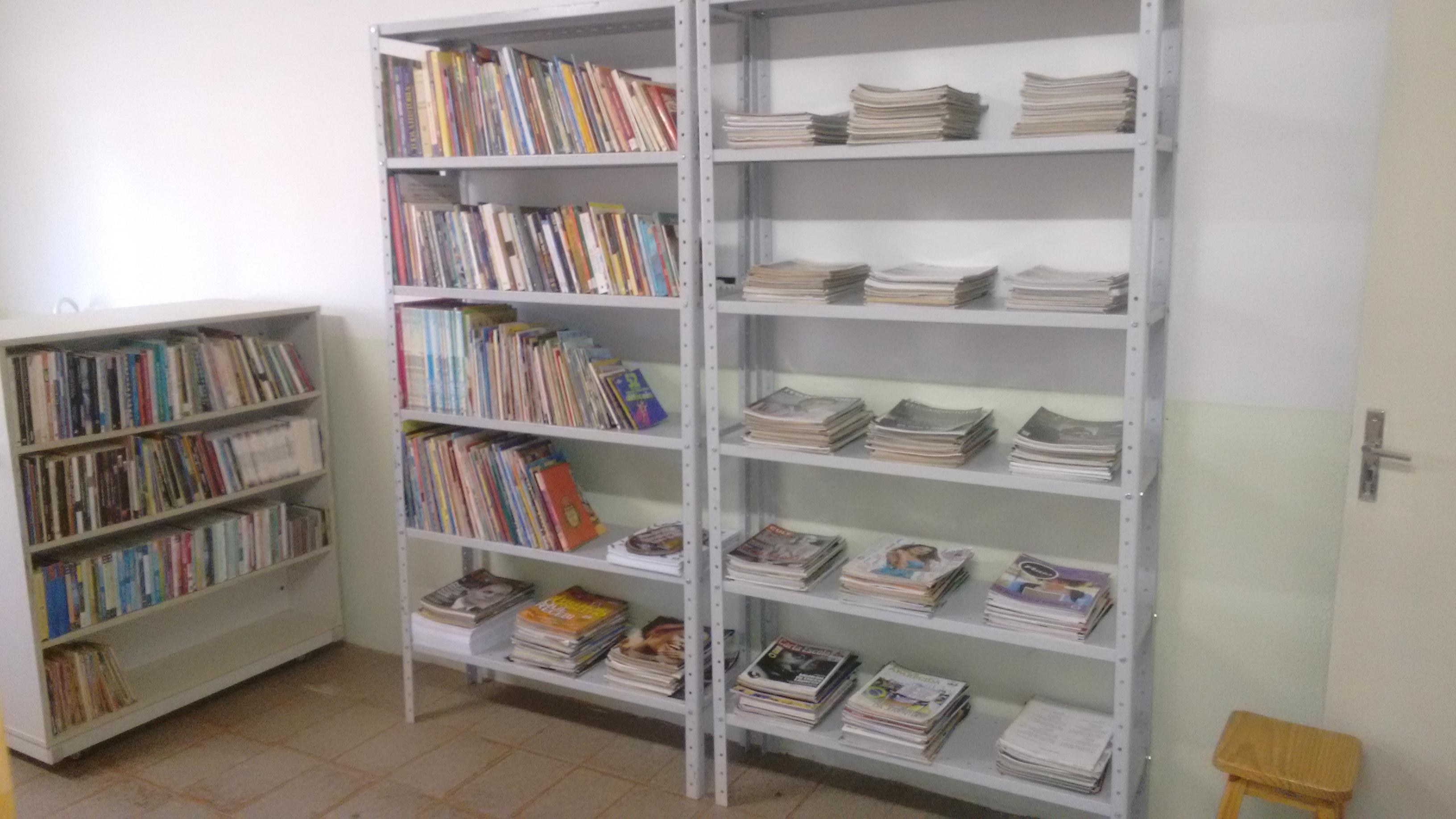 Biblioteca Municipal de Alto Paraíso em Novas Instalações