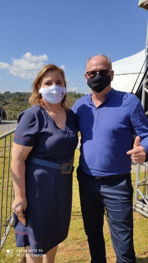 Prefeito Marcos Henrique Chiaradia e Marisa Massa Lucas Chefe regional do Núcleo Regional se Assistência Social.