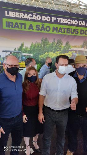 Prefeito Marcos Henrique Chiaradia, Deputada Leandre Dal Ponte e o Governador Ratinho Junior