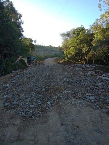 Substituição Ponte no Guamirim por Tubos de Concreto