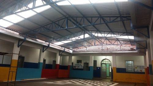 Pátio da Escola Dr. Milton Tavares Paes ganha nova cobertura
