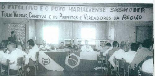 Reunião com autoridades políticas da região