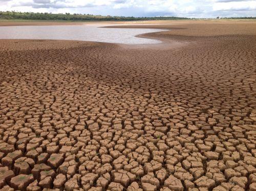 Crise hídrica pode provocar racionamento de água