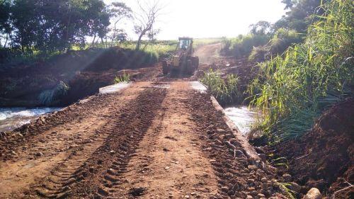 Ponte sobre o Rio Marialva, antes de madeira, tem obras de concretagem finalizadas