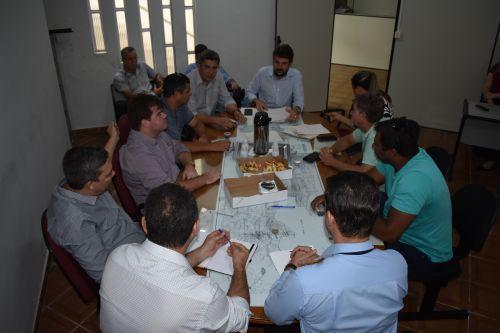 Prefeitura apresenta aos vereadores anteprojeto de lei sobre o Programa Marialva Compra
