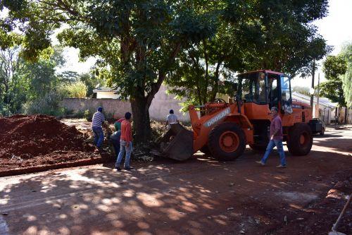 Prefeitura realiza diversos serviços no Planalto, e a próxima parada é o Shenandohá
