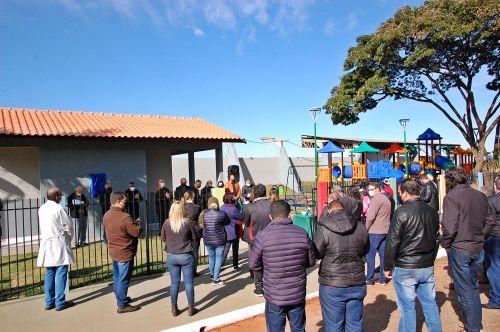 Parque infantil e pista de skate  já são utilizados pela população