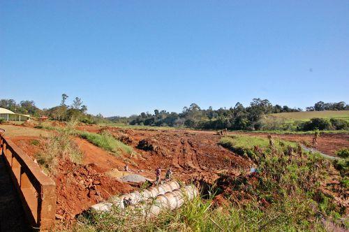 Inicio da recuperação da prainha de São Tomé
