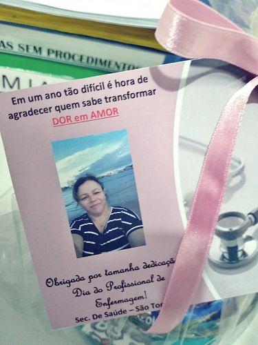 Secretária Vera Garcia agradece os profissionais no dia da enfermagem