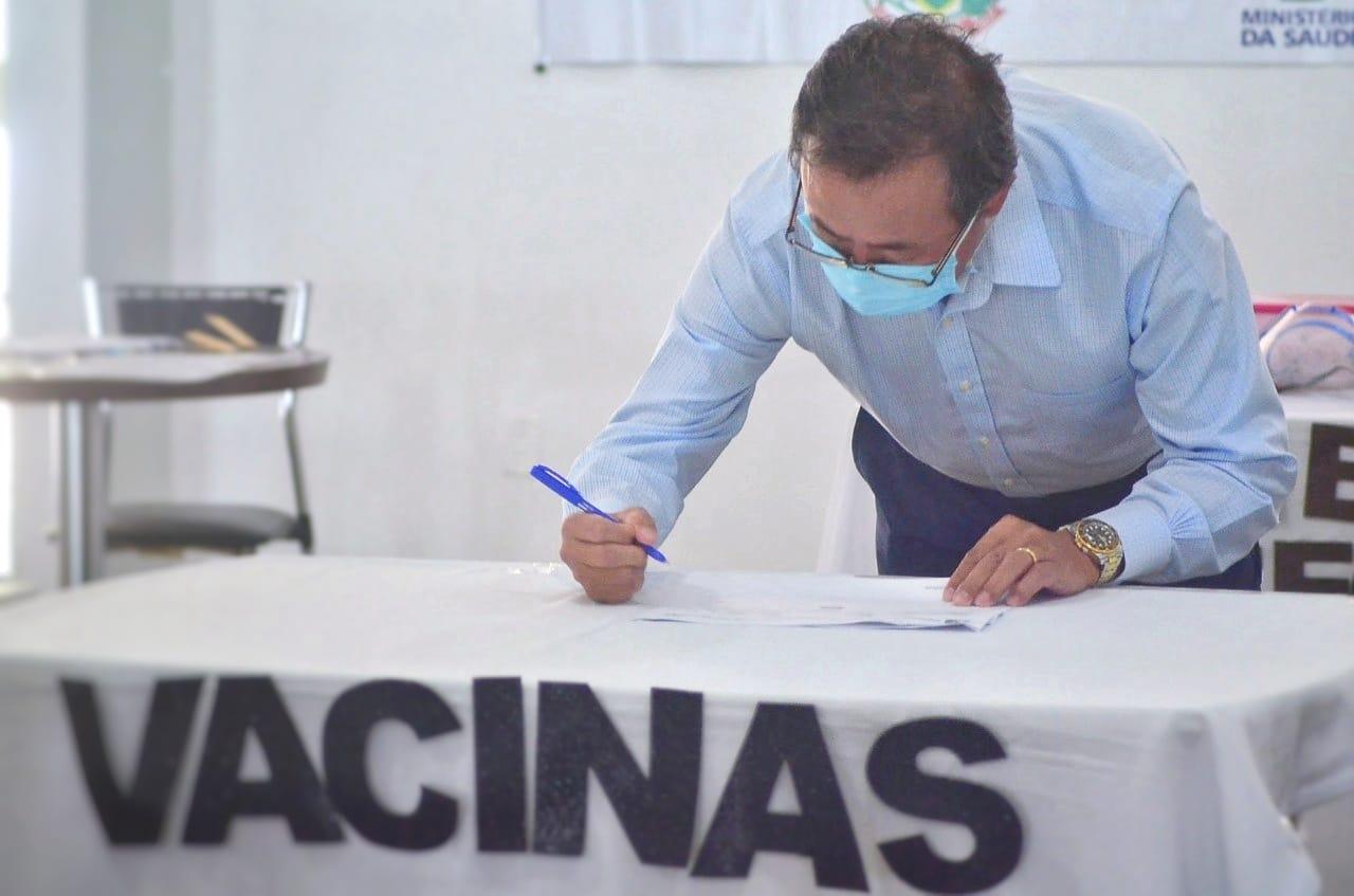 Prefeitura anuncia vacinação de forças de segurança como parte dos prioritários no plano municipal de imunização