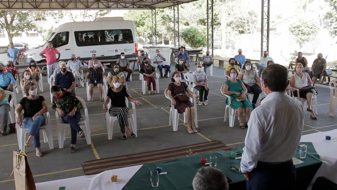 Aulas gratuitas de zumba são oferecidas pela Semas em Vilhena, no Centro do Idoso