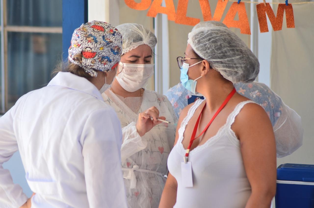 2ª dose de Astrazeneca para trabalhadores da Educação é antecipada para este sábado em Vilhena, veja cronograma