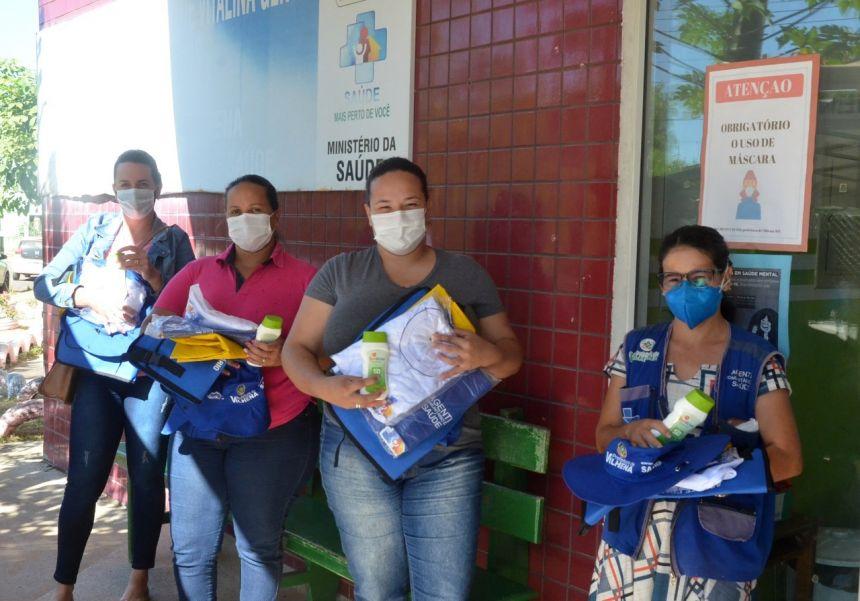 Agentes comunitários e zeladores da Saúde de Vilhena recebem kits de EPIs e materiais de trabalho