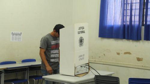 Mais de 5 mil eleitores votam para escolher novos conselheiros tutelares em Vilhena