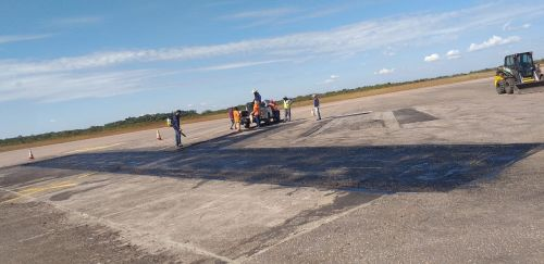 Após reunião, DER faz reforma no aeroporto de Vilhena: pátio recebeu recuperação asfáltica