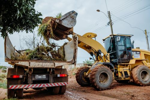 CIDADE LIMPA é uma operação realizada anualmente pela secretaria de Obras