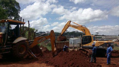 Obras no Parque Industrial I são retomadas para facilitar o tráfego.