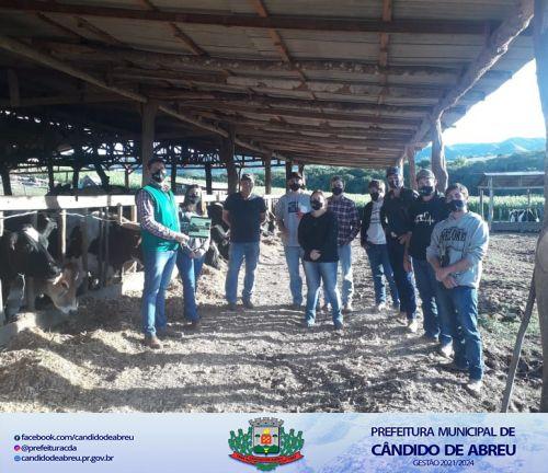 SECRETARIA MUNICIPAL DE AGRICULTURA REALIZA CURSO DE BEM ESTAR ANIMAL.