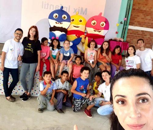 Recreação e ações para conscientizar a comunidade sobre a proibição do trabalho infantil
