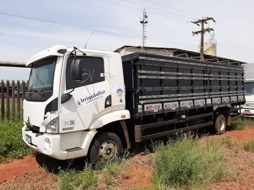 Prefeito e equipe de motoristas viajam para Cascavel.