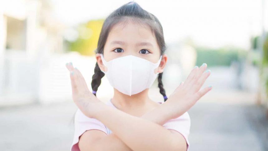 Crianças sentem o impacto do isolamento social na pandemia, e psicólogas fazem uma série de estratégias de cuidados
