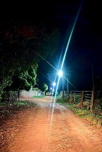 ILUMINACAO DE LED NO DISTRITO DE QUATRO MARCOS