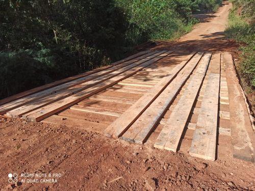 Prefeitura de Quinta do Sol revitaliza ponte na área rural