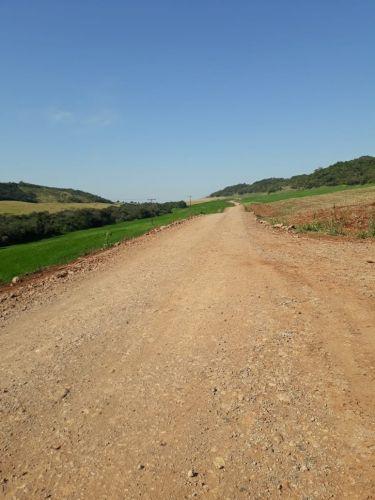 Prefeitura de Quinta do Sol recupera estradas rurais