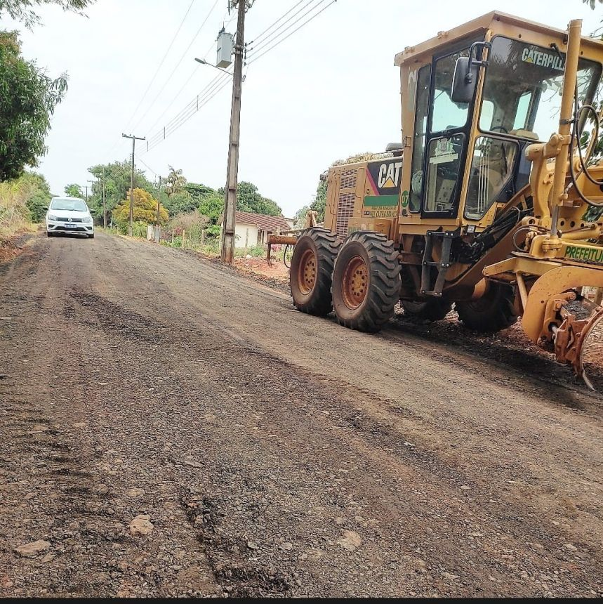 Primeira etapa da Manutenção e Revitalização da estrada da Vila Rural Avanci!