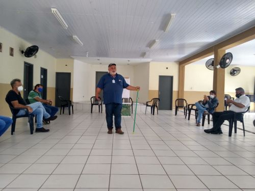 REUNIÃO DA SECRETARIA DA AGRICULTURA/ IDR / SERVIDORES / PROPRIETARIOS DE ÁREAS NA ESTRADA TOLEDO